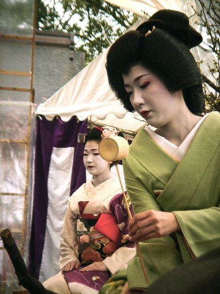 Baika Sai Umeshizu & Naokazu (Kyoto, 25 Feb 2008) by Dave Lumenta