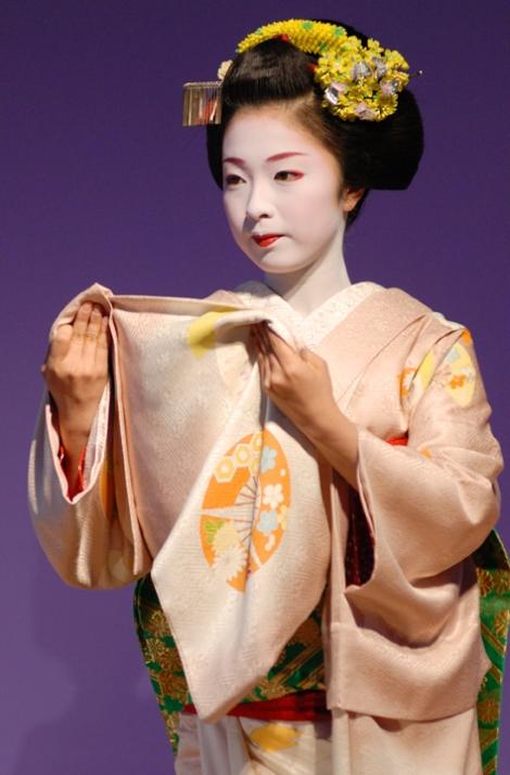 La maiko Kimika del distretto di Miyagawa-cho
