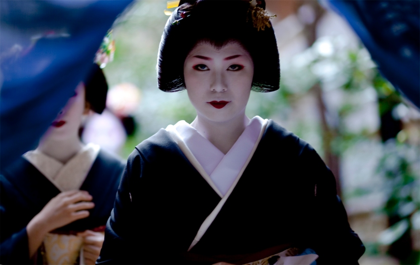 geiko-yukako_gion-kobu_7-1-2009_onihide1
