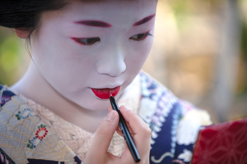 La maiko Umeyae 梅やえ fotografata da Onihide.