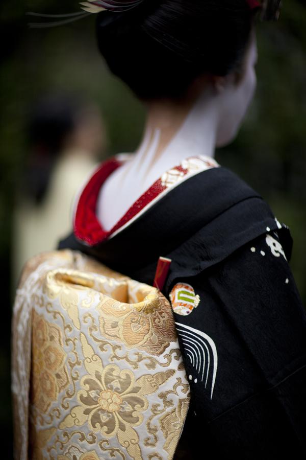 Il debutto della maiko Satohina さと雛 dell'okiya Nakazato di Kamishichiken fotografata da Onihide.